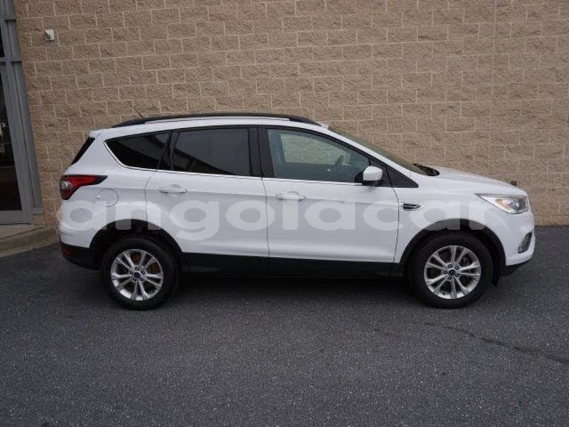 Big with watermark 2017 ford escape pic 2802720710893893816 1024x768