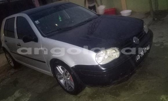 Comprar Usado Volkswagen Golf Prata Carro em Luanda em Luanda Province