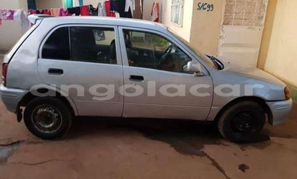Comprar Usado Toyota Starlet Prata Carro em Luanda em Luanda Province