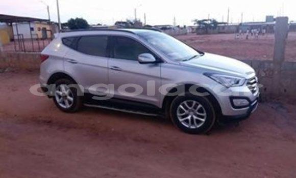 Comprar Usado Hyundai Santa Fe Prata Carro em Luanda em Luanda Province