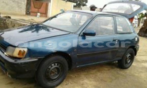 Comprar Usado Toyota Starlet Azul Carro em Luanda em Luanda Province
