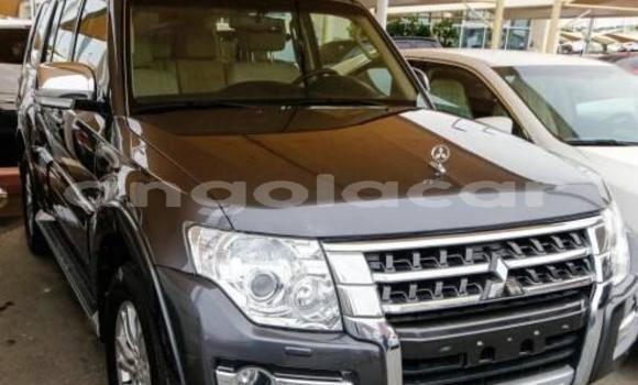 Comprar Usado Mitsubishi Pajero Outro Carro em Luanda em Luanda Province