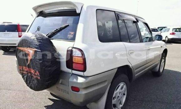 Comprar Usado Toyota RAV4 Branco Carro em Lobito em Benguela
