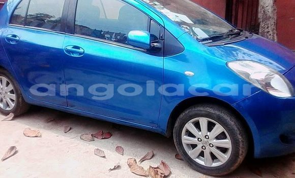 Comprar Usado Toyota Yaris Azul Carro em Luanda em Luanda Province