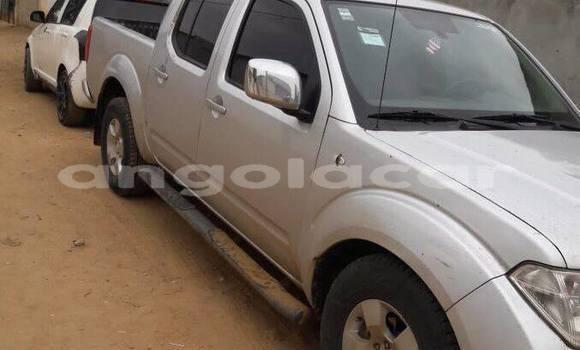 Comprar Usado Nissan Navara Prata Carro em Luanda em Luanda Province