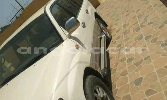 Comprar Usado Toyota Land Cruiser Prado Branco Carro em Luanda em Luanda Province
