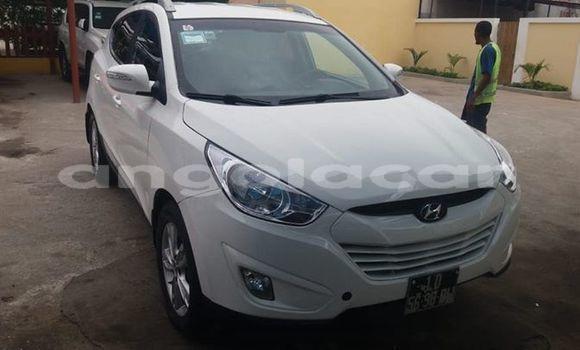 Comprar Usado Hyundai Tucson Branco Carro em Luanda em Luanda Province