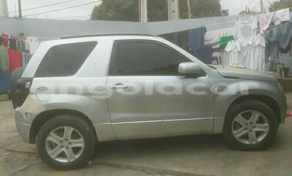Comprar Usado Suzuki Vitara Prata Carro em Luanda em Luanda Province