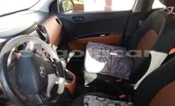 Comprar Usado Hyundai i10 Carro em Luanda em Luanda Province