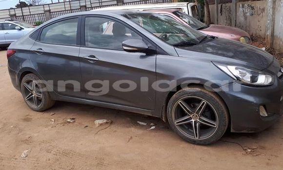 Comprar Usado Hyundai Accent Outro Carro em Luanda em Luanda Province
