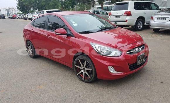 Comprar Usado Hyundai Accent Vermelho Carro em Luanda em Luanda Province