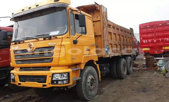 Medium with watermark volvo f4 huambo chinjenje 3390