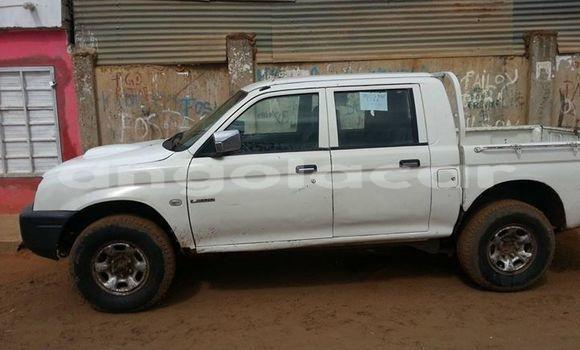 Comprar Importar Mitsubishi L200 Branco Carro em Luanda em Luanda Province