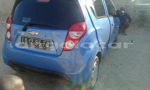 Comprar Usado Chevrolet Caprice Azul Carro em Luanda em Luanda Province