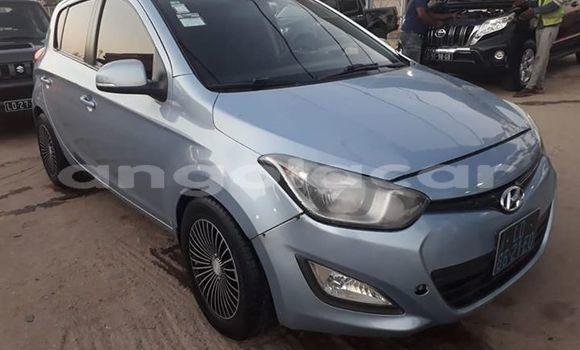 Comprar Importar Hyundai i20 Azul Carro em Luanda em Luanda Province