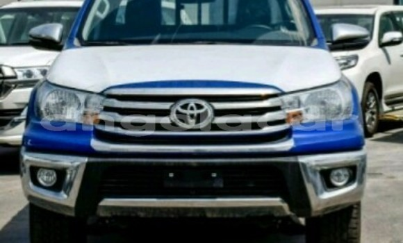 Medium with watermark toyota hilux luanda province luanda 3882