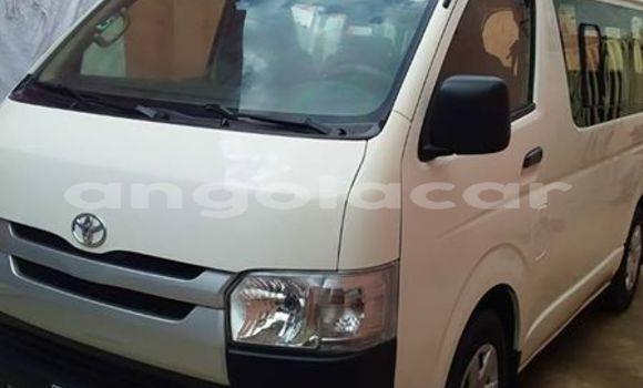 Comprar Usado Toyota Hiace Branco Carro em Luanda em Luanda Province
