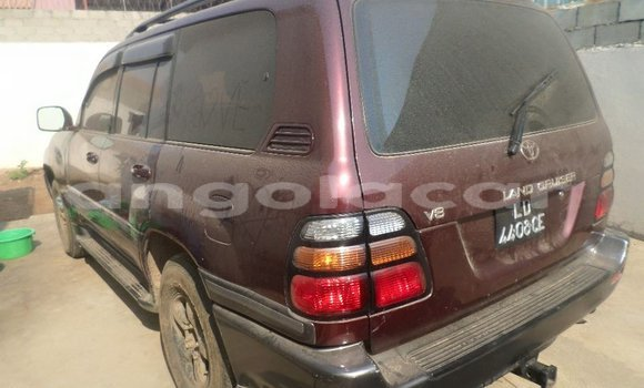 Comprar Usado Toyota Land Cruiser Carro em Luanda em Luanda Province