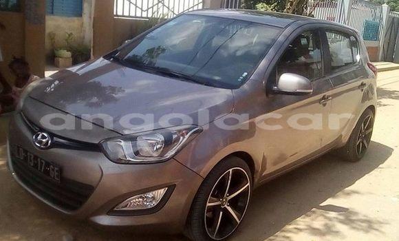 Comprar Usado Hyundai i20 Outro Carro em Luanda em Luanda Province