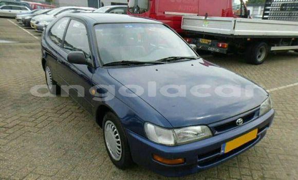 Comprar Usado Toyota Corolla Azul Carro em Luanda em Luanda Province
