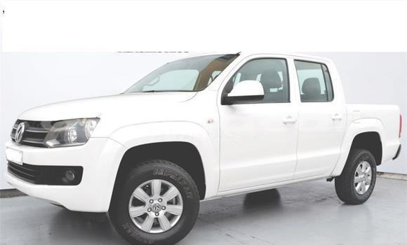 Comprar Usado Volkswagen Amarok Branco Carro em Luanda em Luanda Province