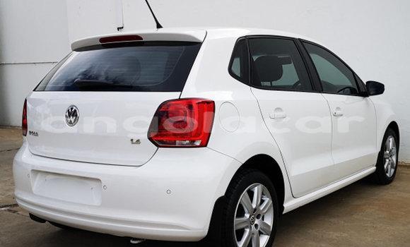 Comprar Usado Volkswagen Polo Preto Carro em Soyo em Zaire
