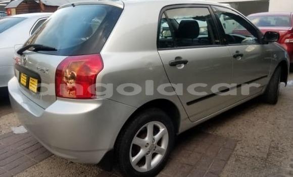Comprar Usado Toyota Runx Prata Carro em Soyo em Zaire
