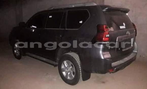 Comprar Usado Toyota Prado Carro em Luanda em Luanda Province