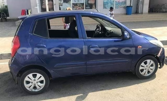 Comprar Usado Hyundai i10 Azul Carro em Luanda em Luanda Province