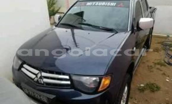 Comprar Usado Mitsubishi L200 Preto Carro em Luanda em Luanda Province