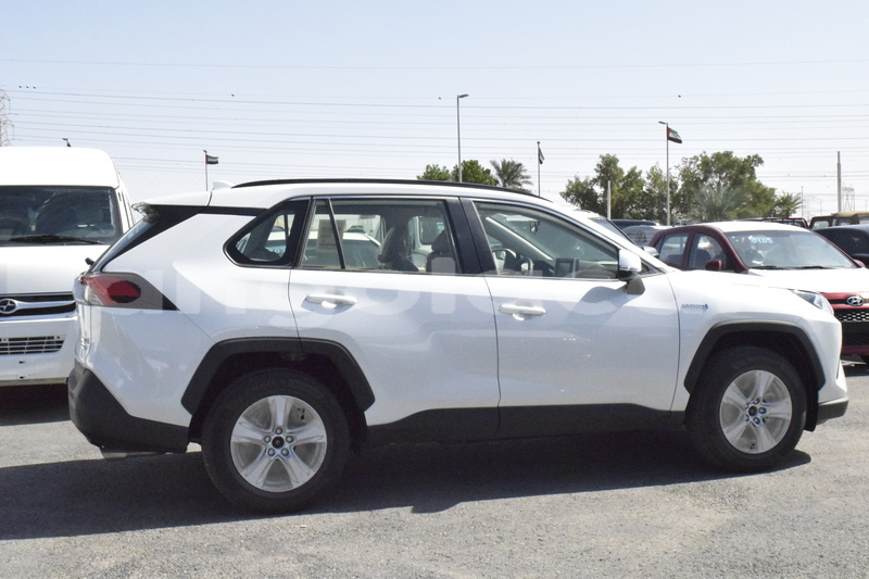 Big with watermark toyota rav4 luanda province luanda 5341