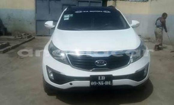 Comprar Usado Kia Sportage Branco Carro em Luanda em Luanda Province