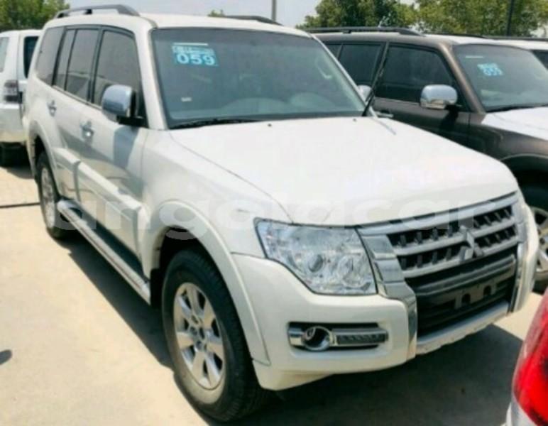 Big with watermark mitsubishi pajero luanda province luanda 5804