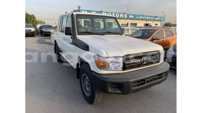 Big with watermark toyota land cruiser bengo province import dubai 6508