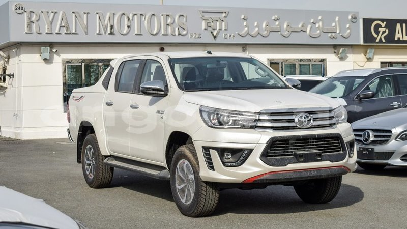 Big with watermark toyota hilux bengo province import dubai 6516