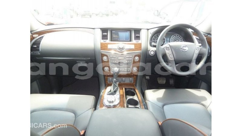 Big with watermark nissan patrol bengo province import dubai 6742