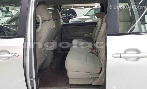 Comprar Importar Kia Carnival Outro Carro em Import - Dubai em Bengo Province