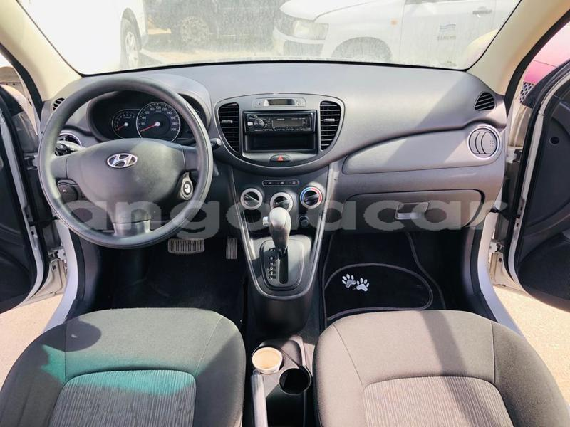 Big with watermark hyundai i10 bengo province import dubai 7197