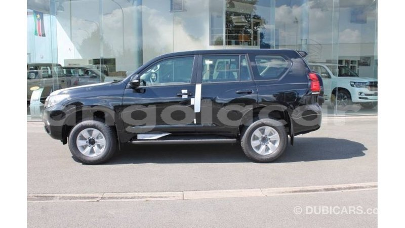 Big with watermark toyota hilux bengo province import dubai 7223