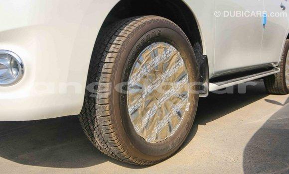 Comprar Importar Nissan Patrol Branco Carro em Import - Dubai em Bengo Province