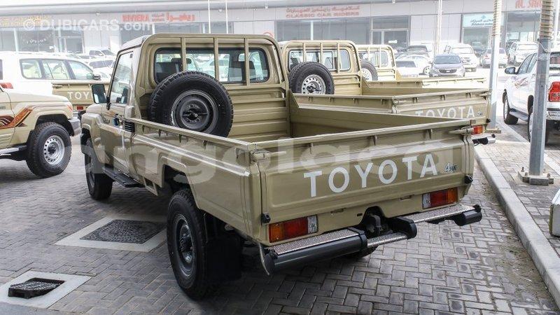 Big with watermark toyota land cruiser bengo province import dubai 7240