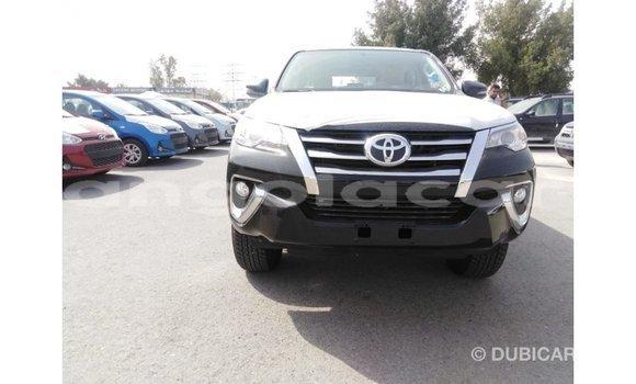 Comprar Importar Toyota Fortuner Preto Carro em Import - Dubai em Bengo Province