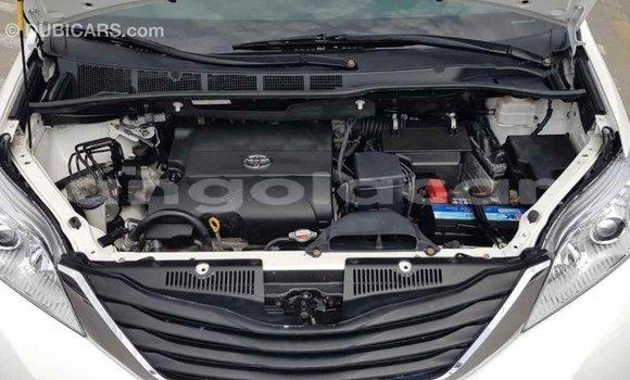 Comprar Importar Toyota Sienna Branco Carro em Import - Dubai em Bengo Province