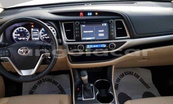 Comprar Importar Toyota Highlander Branco Carro em Import - Dubai em Bengo Province