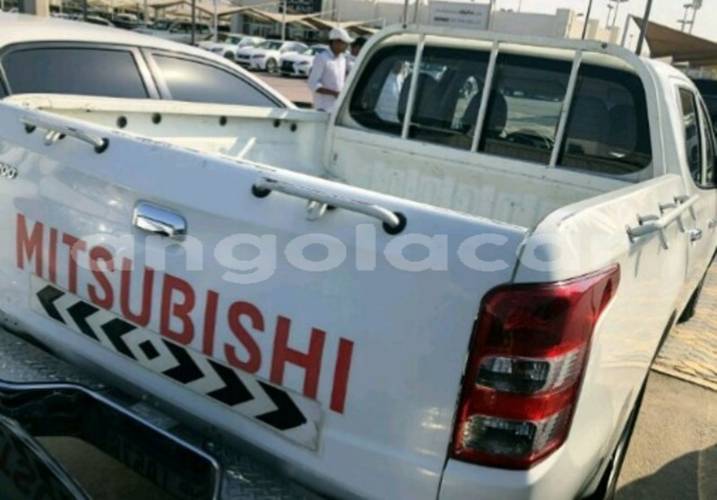Big with watermark mitsubishi l200 luanda province luanda 7927