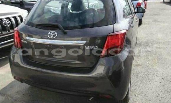 Comprar Usado Toyota Yaris Carro em Luanda em Luanda Province