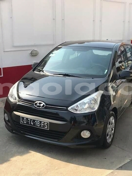 Big with watermark hyundai i10 namibe province namibe 8255