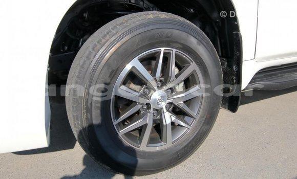 Comprar Importar Toyota Prado Branco Carro em Import - Dubai em Bengo Province