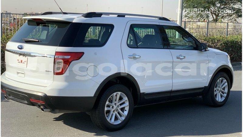 Big with watermark ford explorer bengo province import dubai 8679