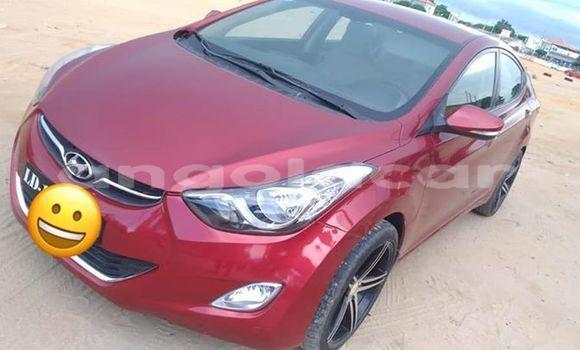 Comprar Usado Hyundai Elantra Vermelho Carro em Luanda em Luanda Province